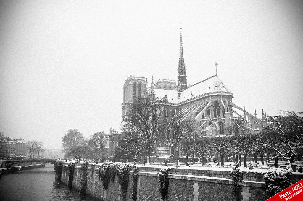 Notre-Dame de neiges