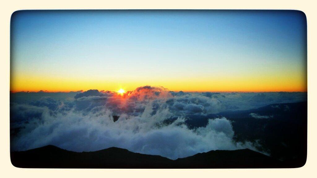 sunrise at 3070m