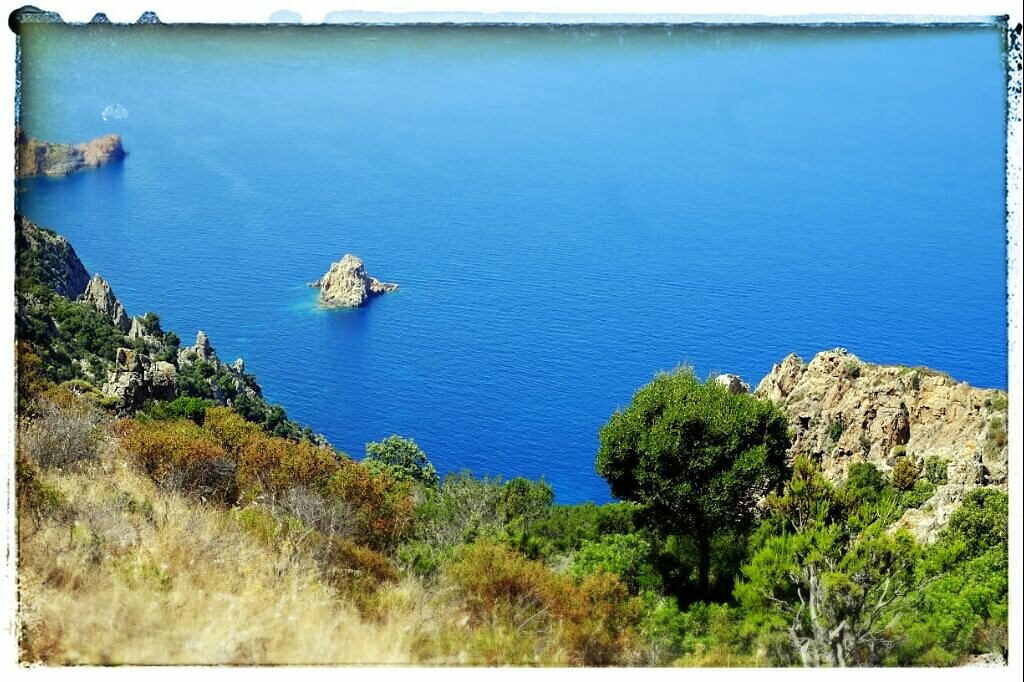 corsica peacefullness (shoot with a X-Pro 1 processed with snapseed) #corsica