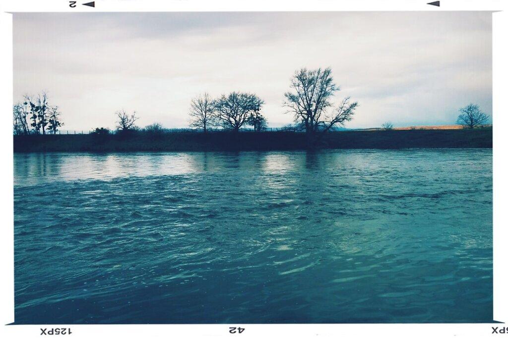 joue la comme #gursky #river #Loire