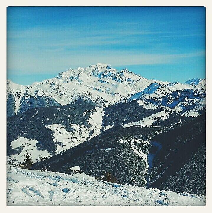 le Mont Blanc ce matin #mountain #alps