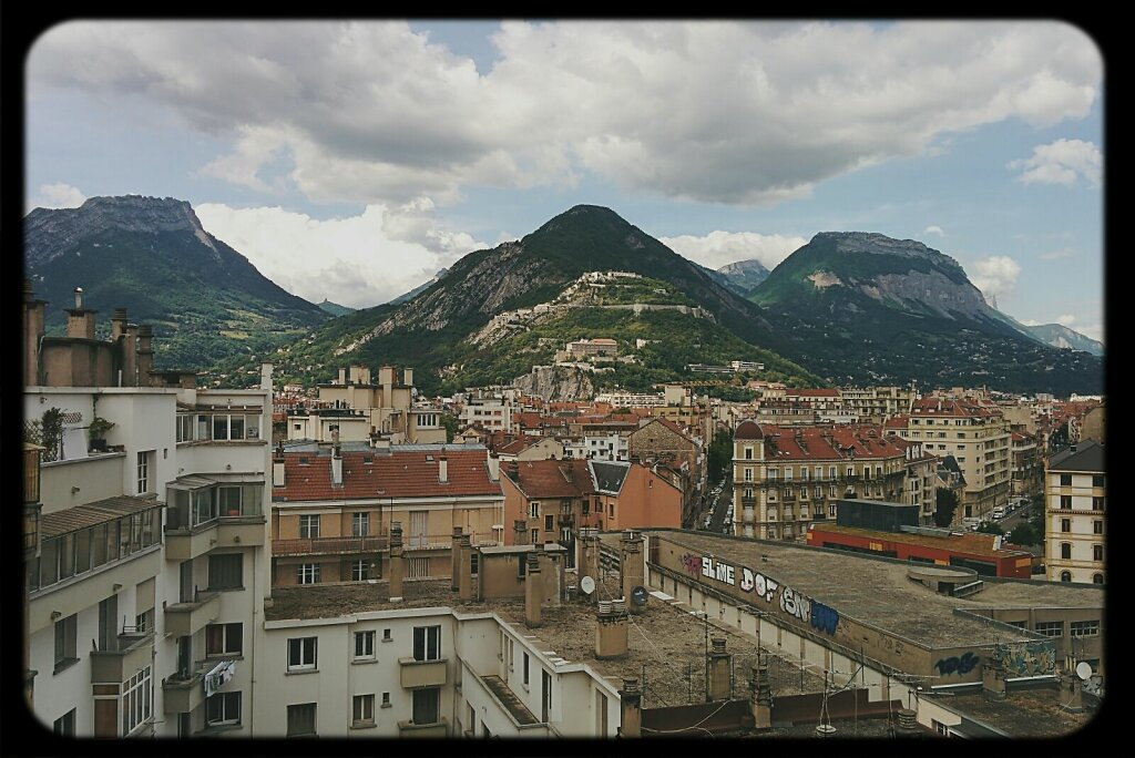#City vs #mountains