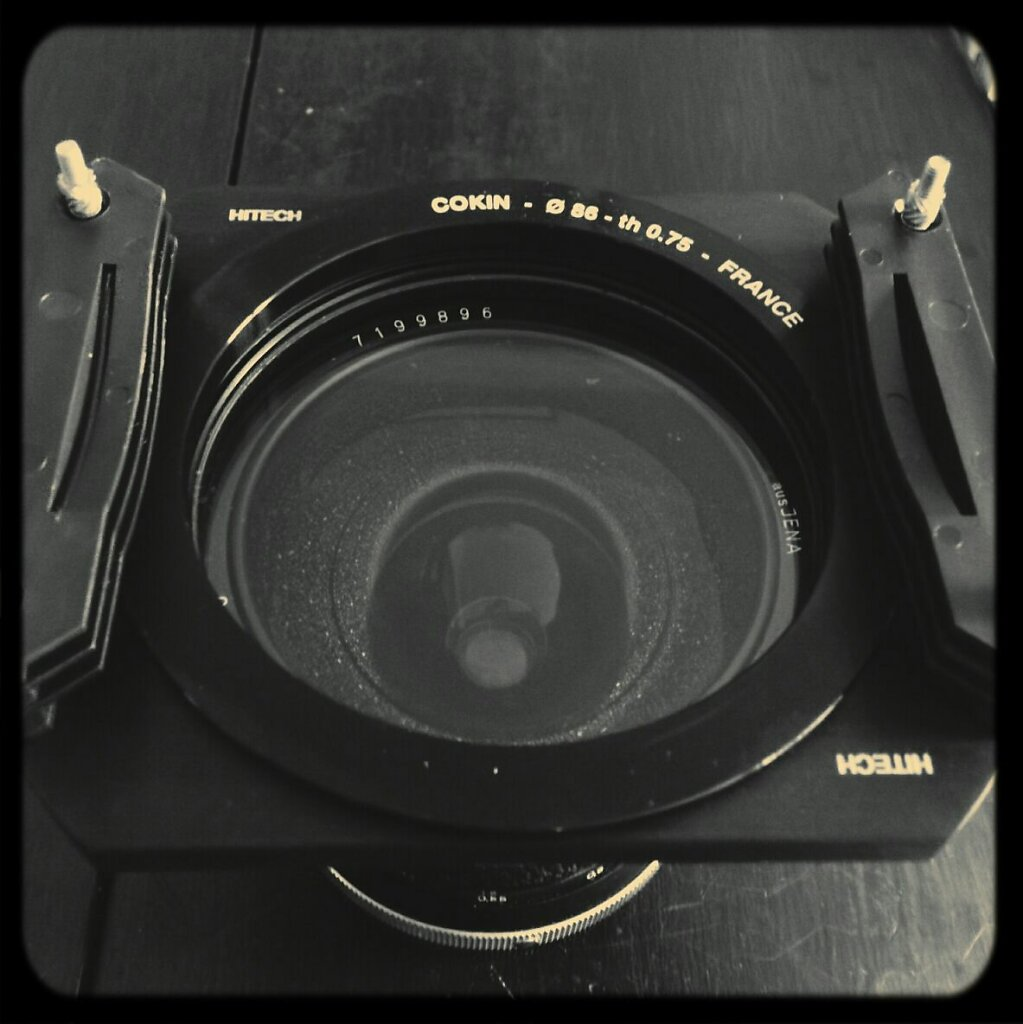FYI Cokin rings are cheaper and fill well on a Hitech filter holder ( here a 86mm costs me 30€ compared to almost 100€ for the Hitech) #long exposure #ND filters