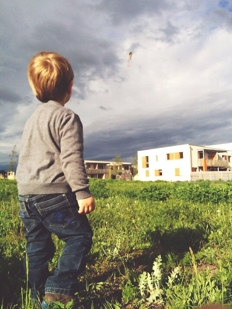 Little boy et son #cerf-volant #Fb